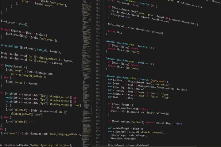 Choisir un logiciel gratuit ou une agence web pour créer son site web