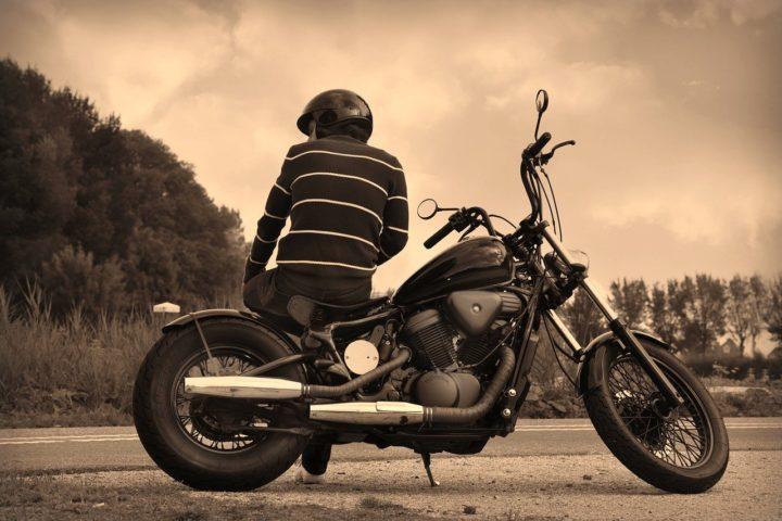 Visiter Nice en moto de location, le bon plan…