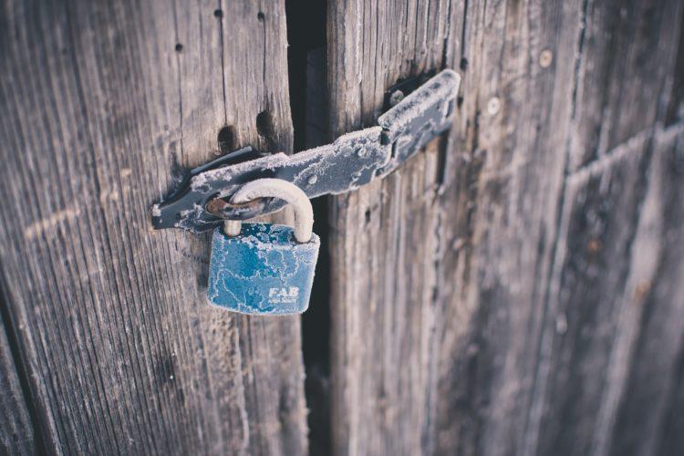 Porte claquée, un véritable casse-tête !