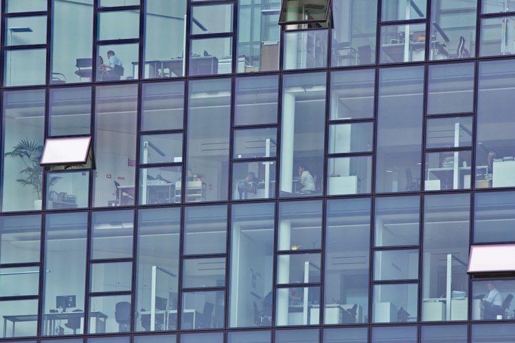 Comment réparer vos vitres rapidement ?