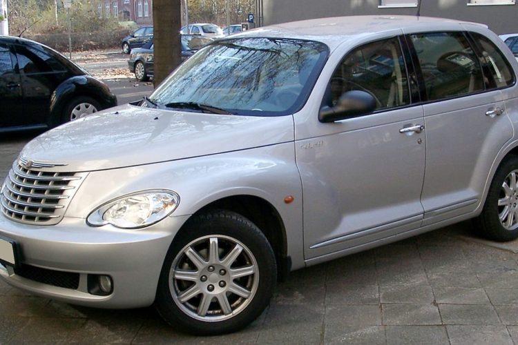PT Cruiser ou la voiture retro adaptée au temps moderne