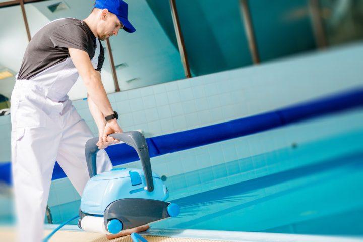 Bien nettoyer sa piscine