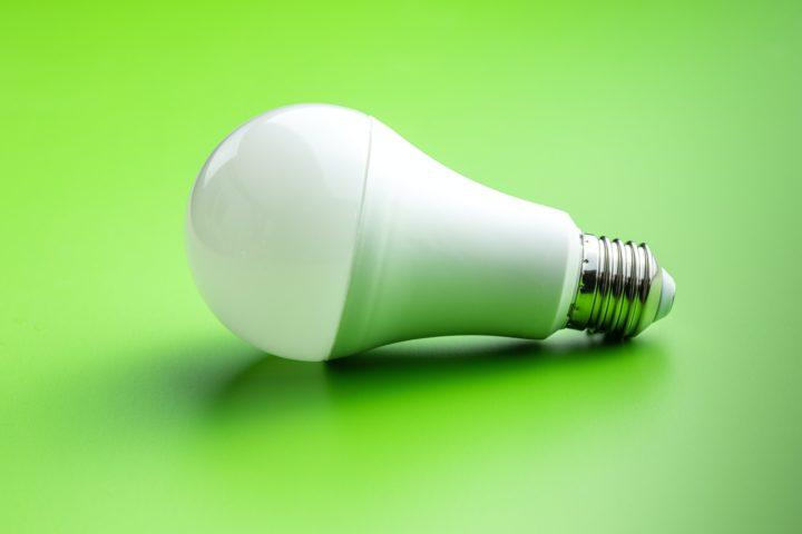 Utiliser des lampes à LED économique chez soi