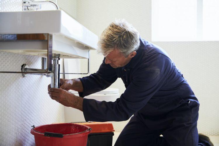 Un plombier professionnel pour un dépannage d'urgence ?